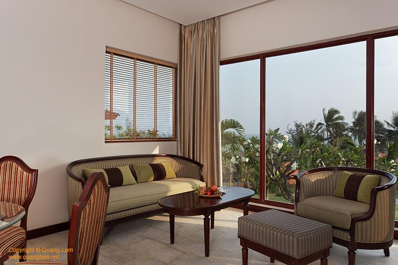 Room Hibiscus