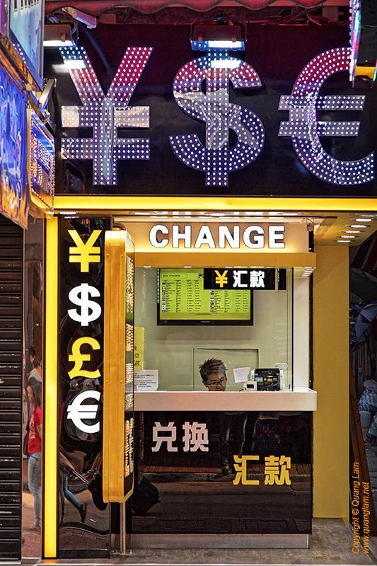 Yen Dollars Euros Signs #1
