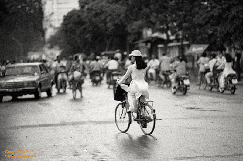 Inlen Fine Art Gallery Photo Print Vietnam Vietnam in Black and White
